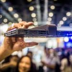 超酷飛行相機Hover Camera 發明者王孟秋顏值超高
