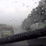 高速公路行車遇大雨怎麼辦?氣象專家鄭明典列10點注意