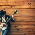 伴隨日落和啤酒 淡水漁人舞台嚴選優質原創音樂傳承搖滾「傳奇」