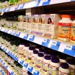 人在國外生病時,想到藥局買點急救的,藥名該怎麼說?