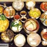 在韓國人面前,千萬不要把飯碗捧起來吃!關於韓國飲食文化的特色和用餐禮節…