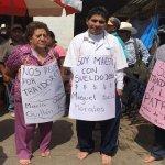 文革場景重現墨西哥?教師拒絕罷工被鬥爭:掛牌、剃頭、遊街