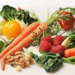 減肥要多吃菜,但你吃對順序了嗎?美女營養博士告訴你,這樣吃才減脂!