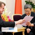 接見聯合國NGO代表 陳建仁為台灣護照進聯合國請命