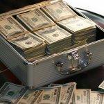 水電費、卡費、電話費…美國心靈作家一招讓你付愈多帳單,賺愈多錢的秘密!