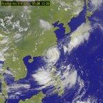 「戰士颱風」尼伯特已經從台南出海 暴風圈仍籠罩全台灣