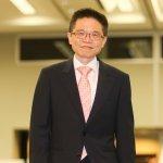 蘇系大將接任信保基金會董事長,蔡憲浩:發揮雨天借傘精神