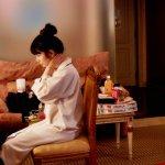 妹妹拍AV、女友陪睡,他也只能雙手奉上保險套…一部電影揭露日本逐夢潛規則