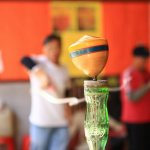 傳統技藝從國外紅回來!台灣神人的陀螺絕招全球爆紅,寶可夢玩家直呼好想拜師