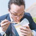 再忙也請抽空吃東西啊!別讓飲食習慣像個相撲選手,那只會愈來愈胖和效率低落