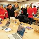 到蘋果直營店上班 竟比上哈佛還難