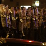 美國又傳黑人遭警方射殺 密爾瓦基連續兩晚發生暴動