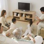 家人感情大升溫!只要兩步驟,手機變身家庭劇院