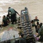 戰車墜溪釀3死 因砲塔室出口被水封住
