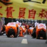 林萬億、郭芳煜陪著餓肚子,終於敲定國道收費員專案補償
