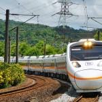 台鐵去年行車事故46件,今年已有16件 綠委批安全系統崩潰陷「黑暗期」