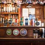 出國不想只喝Corona、Heineken?上百種啤酒怎麼點不踩雷,先學這4種口味形容詞就對了(上)