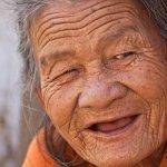 人類壽命有自然極限嗎?科學家:有,115歲