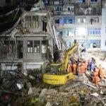 浙江民房倒塌釀22死6傷》父親捨身保護 6歲女孩生還