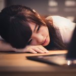 回家還狂工作,家人怎麼想?暢銷作家:用這方法找回休息時間,別造成一生遺憾