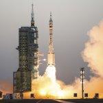 中國「神舟十一號」發射成功 挑戰中國載人太空船最長飛行時間記錄