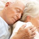 家中有長輩深受失眠所苦的,看這篇就對了!台大醫師針對銀髮族失眠給的建議