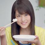 每天都要吃飯,筷子你用對了嗎?國際禮儀專家想告訴你,餐桌上8個拿筷子的禁忌