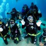 泳敢潛進!身障者可以潛水還可以考證照 17位學員通過魔鬼測驗
