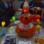 最狂萬聖節南瓜在這裏!  NASA工程師科技風南瓜 會轉又會發亮!