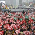 親信門風暴》道歉對年長者真的有效!60歲以上南韓民眾對朴槿惠支持度回升