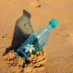 要用多少水才能加滿100萬輛車的油箱?瓶裝水的一生控訴了不可逆的環境傷害…