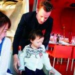 台灣父母還在跟餐廳要兒童椅跟塑膠餐具?女藝人:法國2歲小孩已會自己優雅用餐
