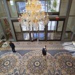 當地產大亨當上美國總統》「川普國際飯店」成為美國新政治中心 全球外交官爭相入住獻殷勤