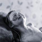 癌症的真面目是什麼樣子?英國4歲小女孩用生命告訴你令人痛心的真相…