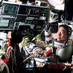 如何解釋楊利偉在太空中聽到的「敲門聲」?