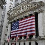 聯準會今年首度升息 美股收黑油價重挫