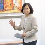 台灣民意基金會民調》蔡英文聲望再創新低,降到38%