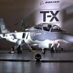 外型酷似縮小版F/A-18 波音戰鬥教練機T-X完成首次試飛