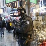 跨年盛會反恐升溫!紐約時報廣場7000警力進駐 保護200萬民眾安全