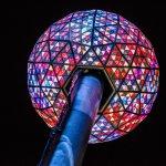 紐約時報廣場跨年「水晶球」歷史悠久 源自19世紀英國海港的「時間球」