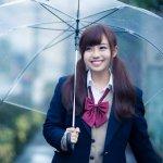 原來摺疊傘是這樣發明的!早期傘不用來遮陽或遮雨,是歐洲人最愛炫耀的東西…