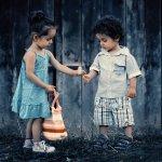 兄弟姊妹爭寵只是正常現象?精神科醫師:沒有處理好,可能導致憂鬱、暴力傾向
