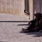 貧窮的悲哀? 《刺胳針》最新研究:窮人壽命較短 沒錢恐少活兩年