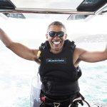 退休生活好開心》歐巴馬大玩衝浪 美國網友跪求「寶貝,快回來!」