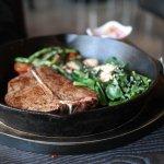 「乾式熟成」要冷藏空運牛肉才能做?美食家:熟成道理很簡單,別被奇怪論點給騙了