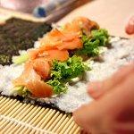 在法國也能吃到正宗日本料理嗎?他遠赴巴黎鑽研魚料,找出真正的日本靈魂
