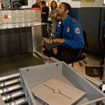 部分北非中東飛美航班 旅客不准隨身攜帶筆電、平板電腦