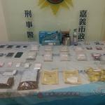 嘉義警方查獲毒品混裝工廠 混裝咖啡包及感冒膠囊