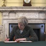 英媒頭條:脫歐開始  英國步入「未知境地」