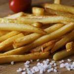 小小樂趣被剝奪!法國小鎮養老院申訴:我們兩年都沒薯條吃了!